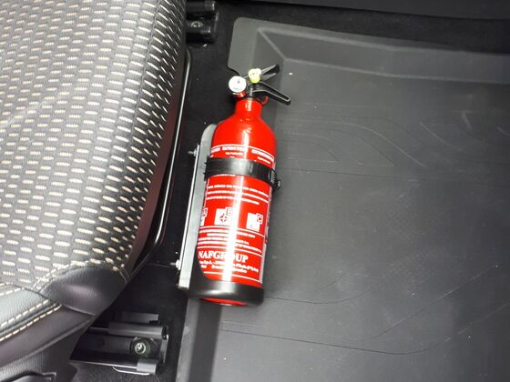 Feuerlöscher inkl. Halterung