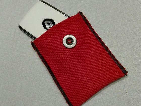 Kadjar Tasche in Dezir Rot Ripstoff innen Gepolstert und Klettverschluss