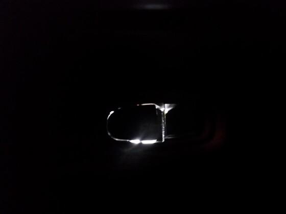 hier die hintere Beleuchtung des Türschalters